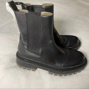 Zara low heel leather ankle boots, lug sole 7.5